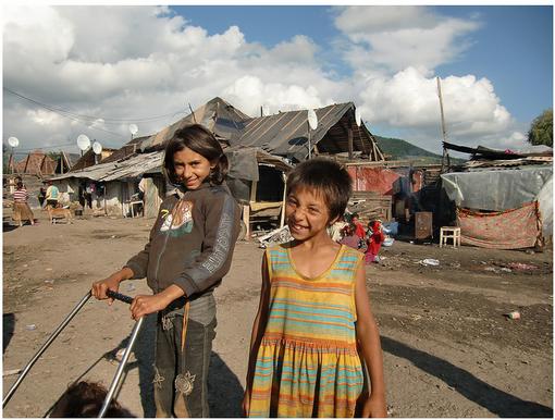 Les mécontents : Roms en Transylvanie • Crédits : FASET